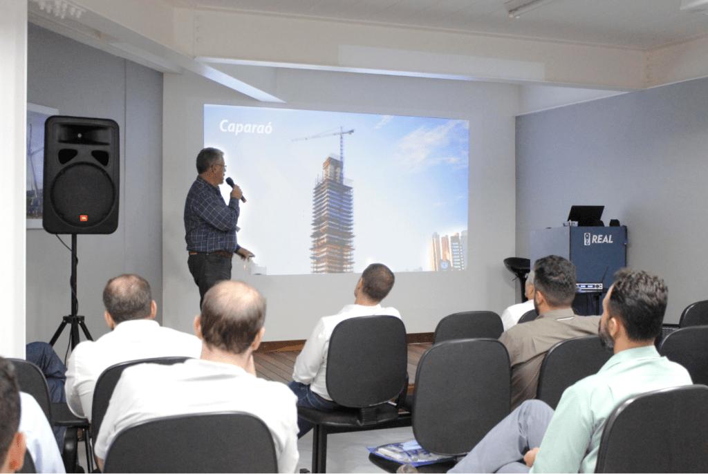 Engº. Pedro Donnard da Construtora Caparaó apresenta projeto arrojado de construção que nasceu com a grua em seu DNA